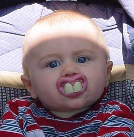 Самые длинные зубы в мире у человека